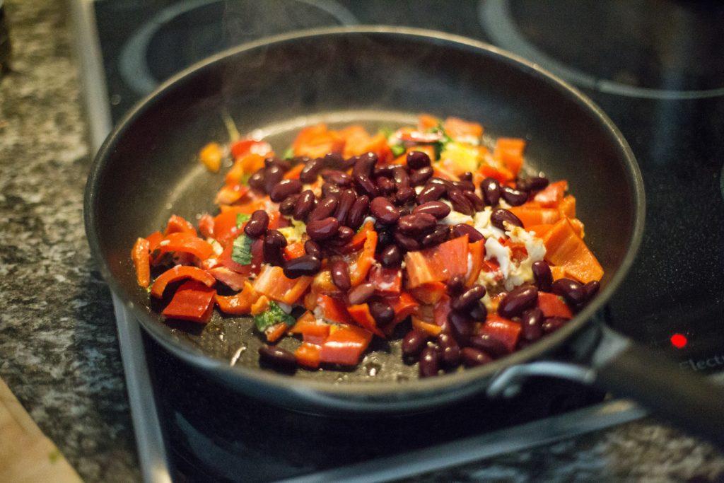 fazole s červenou paprikou